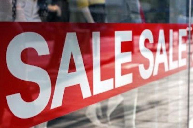 Продажи iPhone на фоне насыщения рынка